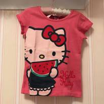 Camiseta Rosa Escuro Hello Kitty