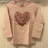 Camiseta Manga Longa Coração Rosa - ZARA - 4 anos - Zara