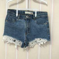 Shorts Jeans com Aplique de Renda na Barra - ZARA - 8 anos - Zara