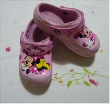 Crocs Original com pelinho rosa Minnie - 28 - Crocs