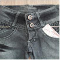 Calça Jeans Nova c/ Etiqueta N.S - 10 anos - Não informada