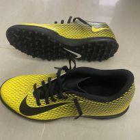 Chuteira Nike para futebol society - 38 - Nike