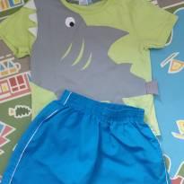 Conjunto camisa e bermuda verde e azul tubarão  tam 03 - 3 anos - Bambini