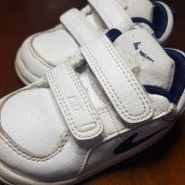 Tênis Nike Branco - 21 - Nike