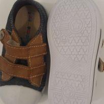 Sapato - 21 - Não informada