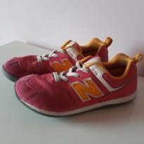 Tênis New Balance - 32 - New Balance