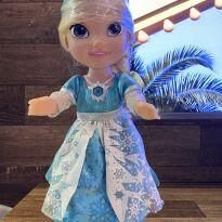 Boneca Elza Frozen