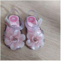 Sandália incolor com flor - 19 - Zaxy
