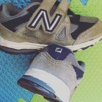 Tênis new balance - 21 - New Balance