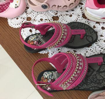 Lote calçados c avarias TAM do 22 a 26 - 22 - Adidas