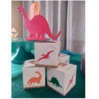 Caixa Cubo - Dinossauro -  - Não informada