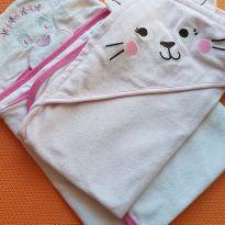 Duas toalhas rosas -  - Carter`s
