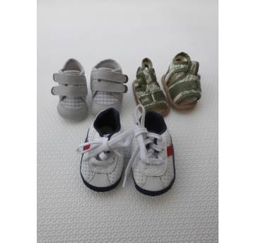 Lote/ Sapatinho Bebê - 3 pares - Tamanho 1  / tamanho 13