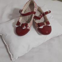 Sapatinho vermelho coração - 23 - Sem marca
