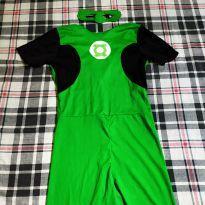 Fantasia Lanterna verde - 4 anos - Não informada