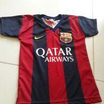 Camisa de futebol oficial seminova tamanho 6 anos - 6 anos - Nike