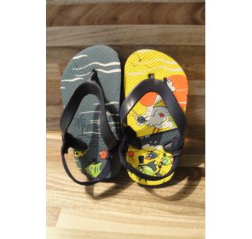 Alpargatas de tecido telado Koala Kids e sandália de dedo, tam. 34 (br) 6 (eua) - 34 - Koala Kids