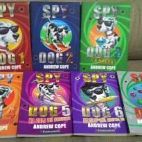 COLEÇÃO SPY DOG-7 a 11 anos -  - Editora fundamento
