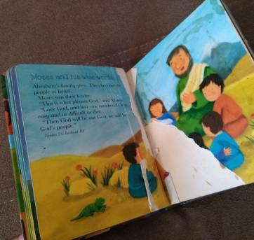 Bíblia Infantil em Inglês - Sem faixa etaria - Outras