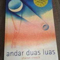 LIvro Andar Duas Luas -  - Wmf Martins