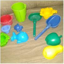 Jogo de brinquedos de praia -  - Não informada