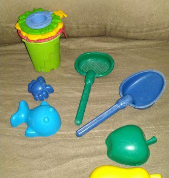 Jogo de brinquedos de praia - Sem faixa etaria - Não informada