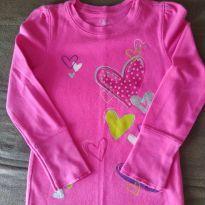 Camiseta  Manga Longa Corações Rosa